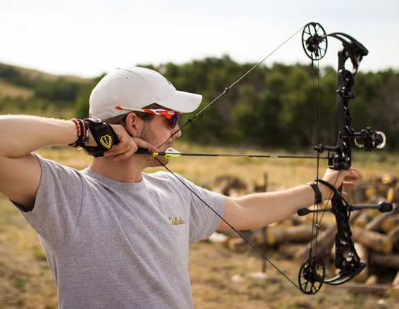 Tyler Sims Archery Hunts